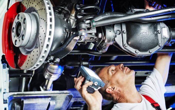 Réglage des amortisseurs et rotules sur votre voiture