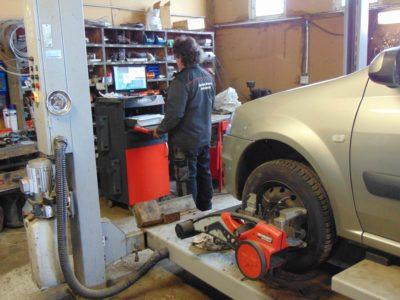 Garage Biweer à Le-Mesnil-en-Ouche - Diagnostic Auto